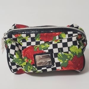 Beltsville make up bag